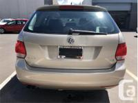 Make Volkswagen Model Golf Wagon Year 2012 kms 73616