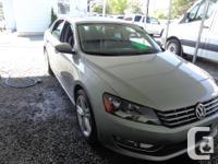 Make Volkswagen Model Passat Year 2012 Colour grey kms
