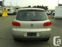 Make Volkswagen Model Tiguan Year 2012 Colour Grey kms