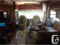 2012 Winnebago Tour 42QD Premium Class-A Motorhome. The
