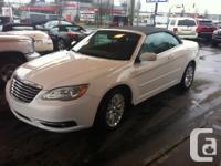 Make. Chrysler. Model. 200. Year. 2013. Colour. White.