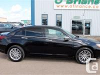 Make Chrysler Model 200 Year 2013 Colour Black kms