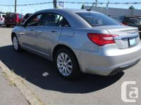 Make Chrysler Model 200 Year 2013 Trans Automatic kms