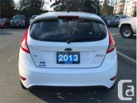 Make Ford Model Fiesta Year 2013 Colour White kms