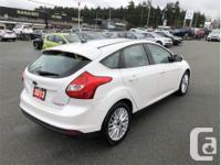Make Ford Model Focus Year 2013 Colour White Platinum
