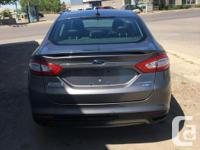 2013 Ford Fusion Titanium AWD Loaded w/leather