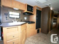 2013 FOREST RIVER SHASTA OASIS 30QB Travel Trailer