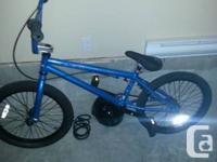 hello, im selling my barley made use of bmx. its