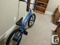 hello, im selling my fantastic bmx thats in terrific