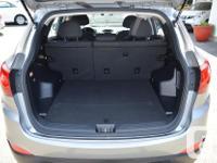 Make Hyundai Model Tucson Year 2013 Colour Beige kms