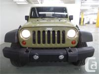 Make Jeep Model Wrangler Year 2013 Colour Commando kms