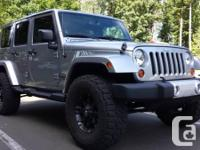 Make Jeep Model Wrangler Unlimited Colour silver Trans