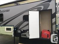 This 2013 Livin Lite Camplite 6.8 truck camper is the