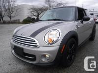 Make Mini Model Cooper Year 2013 Colour Brown kms