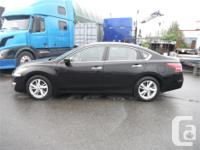 Make Nissan Model Altima Year 2013 Colour Black kms