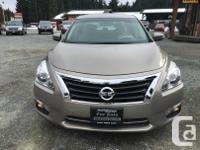 Make Nissan Model Altima Year 2013 Colour Gold kms