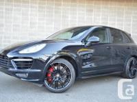 Make Porsche Model Cayenne Year 2013 Colour Black kms