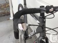 Selling my 2013 Scott Cx Comp cyclocross bike. $1050