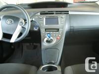 Make Toyota Model Prius Plug-in Hybrid Year 2013
