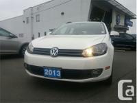 Make Volkswagen Model Golf Year 2013 Colour White kms