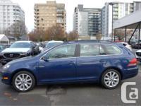 Make Volkswagen Model Golf Wagon Year 2013 Colour Blue