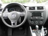 Make Volkswagen Year 2013 Colour White Trans Automatic