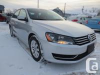 Make Volkswagen Model Passat Colour WHITE Trans