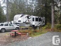 2013 Dutchmen Voltage V3800 Fifth Wheel.  Dutchmen