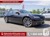 Make Chrysler Model 300 Year 2014 Colour Black kms