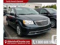 Make Chrysler Model Town & Country Year 2014 Colour