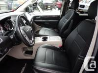 Make Chrysler Model Town And Country Year 2014 Colour
