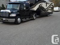 Loaded fifth wheel for sale 2014.5 Mobile Suite 38RSB33