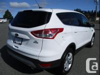 Make Ford Model Escape Year 2014 Colour White Platinum