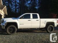 Make GMC Model Sierra 1500 Year 2014 Colour White kms