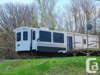 2014 Hampton Park model RV with 3 large slide outs, Air