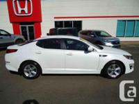 Make Kia Model Optima Year 2014 Colour Metallic White