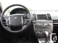 Make Land Rover Model LR2 Year 2014 Colour white kms