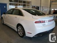 Make Lincoln Model MKZ Year 2014 Colour white kms