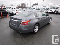 Make Nissan Model Altima Year 2014 Colour Gray kms