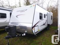 This Launch Ultra Lite 26BHS by Starcraft makes outdoor