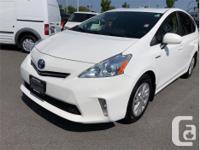 Make Toyota Model Prius V Year 2014 kms 151361 Trans