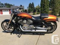 Make Harley Davidson Year 2014 kms 2700 Bought new in