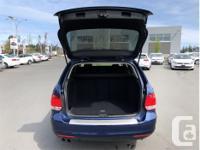 Make Volkswagen Model Golf Wagon Year 2014 Colour Blue
