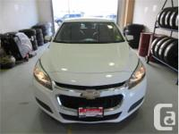 Make Chevrolet Model Malibu Year 2015 Colour White kms