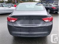 Make Chrysler Model 200 Year 2015 Colour Grey kms