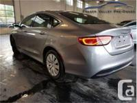 Make Chrysler Model 200 Year 2015 Colour Grey kms