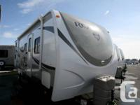 2015 CROSSROADS RV ZINGER REZERVE 26DT. Travel