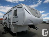 2015 CROSSROADS Recreational Vehicle ZINGER REZERVE