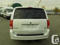Make Dodge Year 2015 Colour White Trans Automatic kms