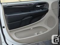 Make Dodge Model Grand Caravan Year 2015 Colour white